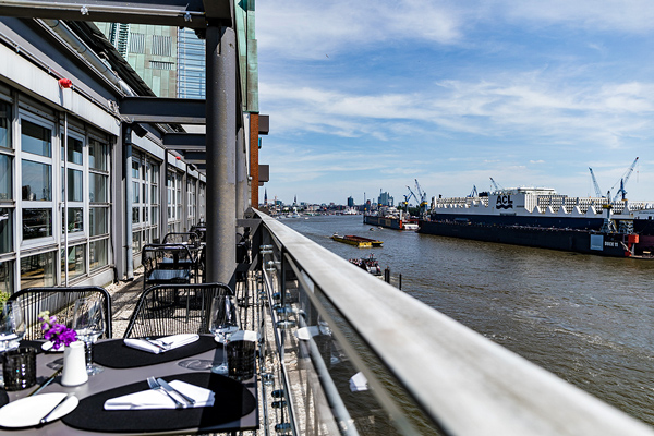 hotels in hamburg GINN Terrasse0353